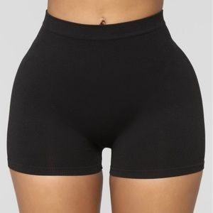 Black Seamless Basic Fitted Mini Bike Shorts